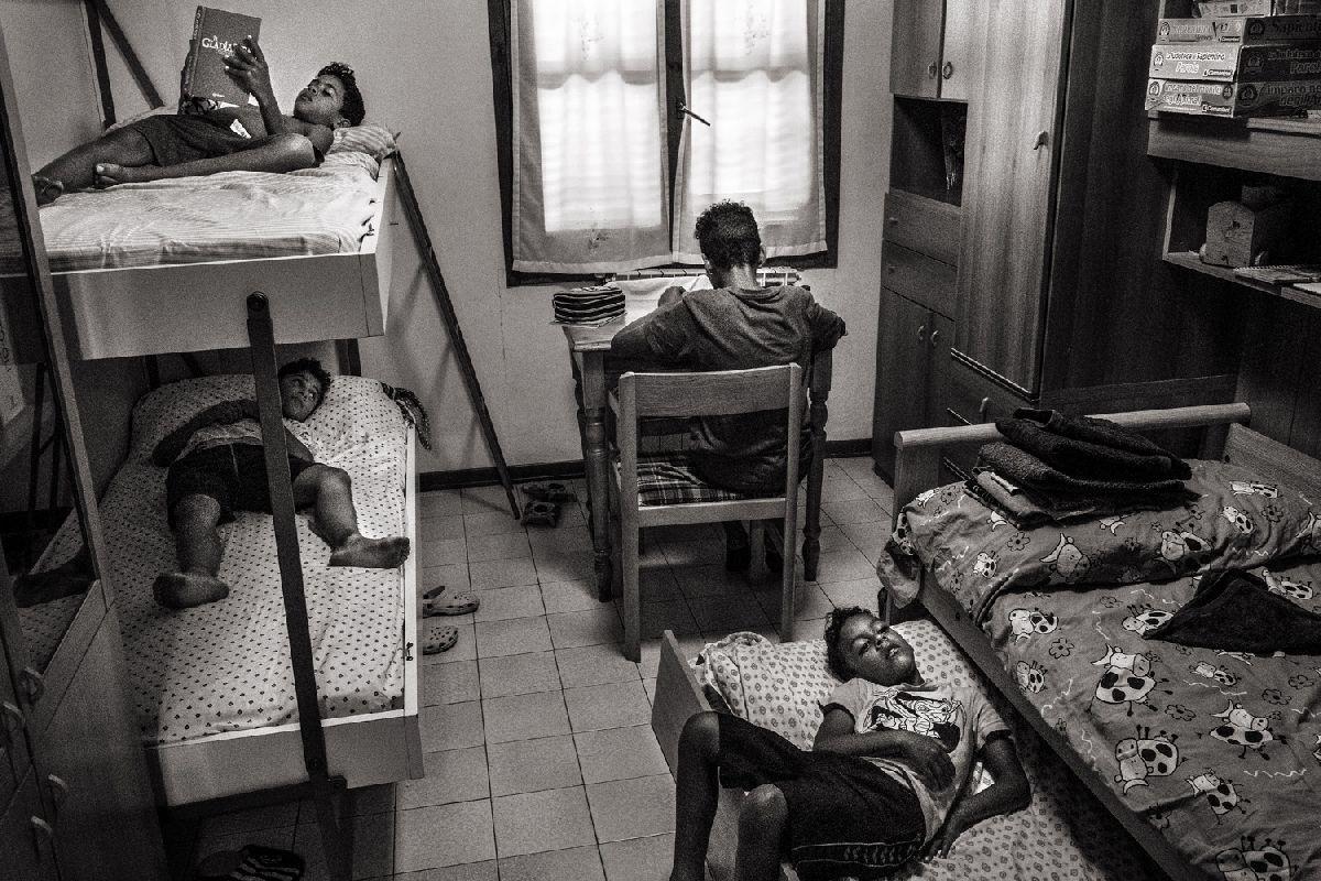 © Энрико Дженовези, НОМАДЕЛЬФИЯ (2017-2019)