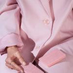 «Закуски гардероба», © Келси Макклеллан / Kelsey Mcclellan, Сан-Франциско, Калифорния, США, Первое место в категории «Коммерческая / Редакционная», Фотоконкурс натюрморта «Объекты желания» — Objects of Desire