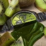 «Сочные часы», © Кателин Кинни / Katelin Kinney, Индианаполис, США, Финалист категории «Коммерческая / Редакционная», Фотоконкурс натюрморта «Объекты желания» — Objects of Desire