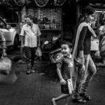 «Растёт в Будхарпете», © Яшовардхан Содхани / Yashovardhan Sodhani, Джайпур, Раджастхан, Индия, Финалист категории «Люди», Фотоконкурс «Одна жизнь» — One Life Awards