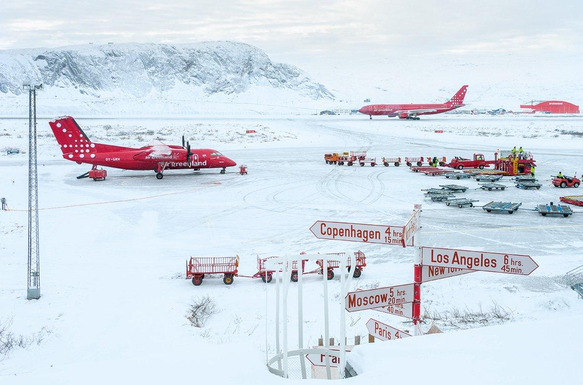 Аэропорт в г. Кангерлюссак, Гренландия, © Энди Холлиман / Andy Holliman, Великобритания, Победитель категории «Дух путешествия», Фотоконкурс Outdoor Photographer of the Year
