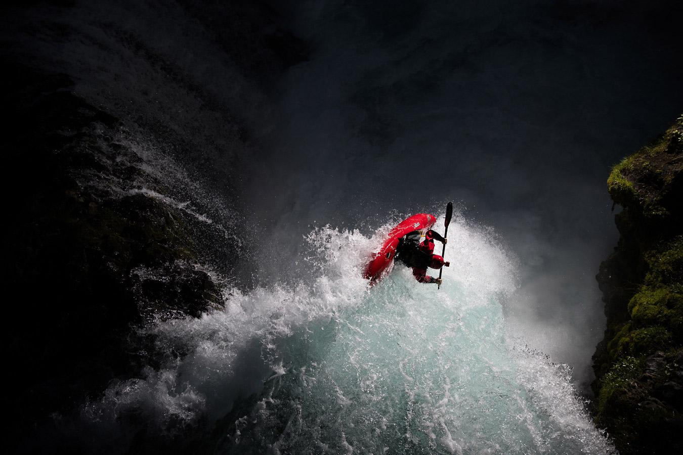 «Падение души», © Кристл Райт / Krystle Wright, Eudlo, Австралия, Финалист в категории «Экшн / Приключения» – профессионал, Фотоконкурс «Адреналин» — Спортивная и экшн-фотография