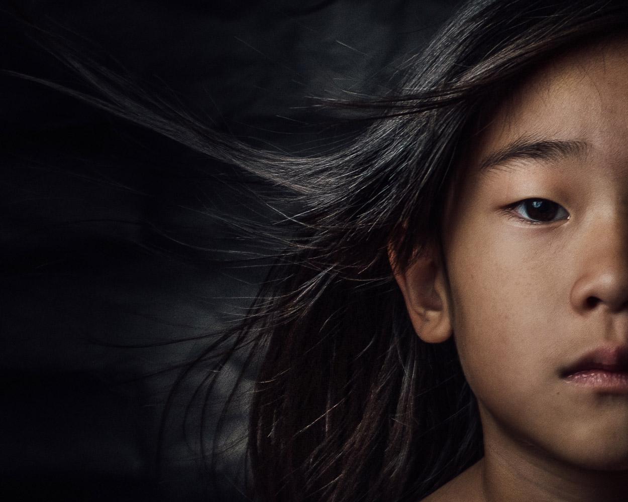 Хрупкость, © Дэйв Пэк, Лонг-Айленд-Сити, США, Финалист категории «Любитель: Младенцы / Дети», Конкурс портретной фотографии «Лица»