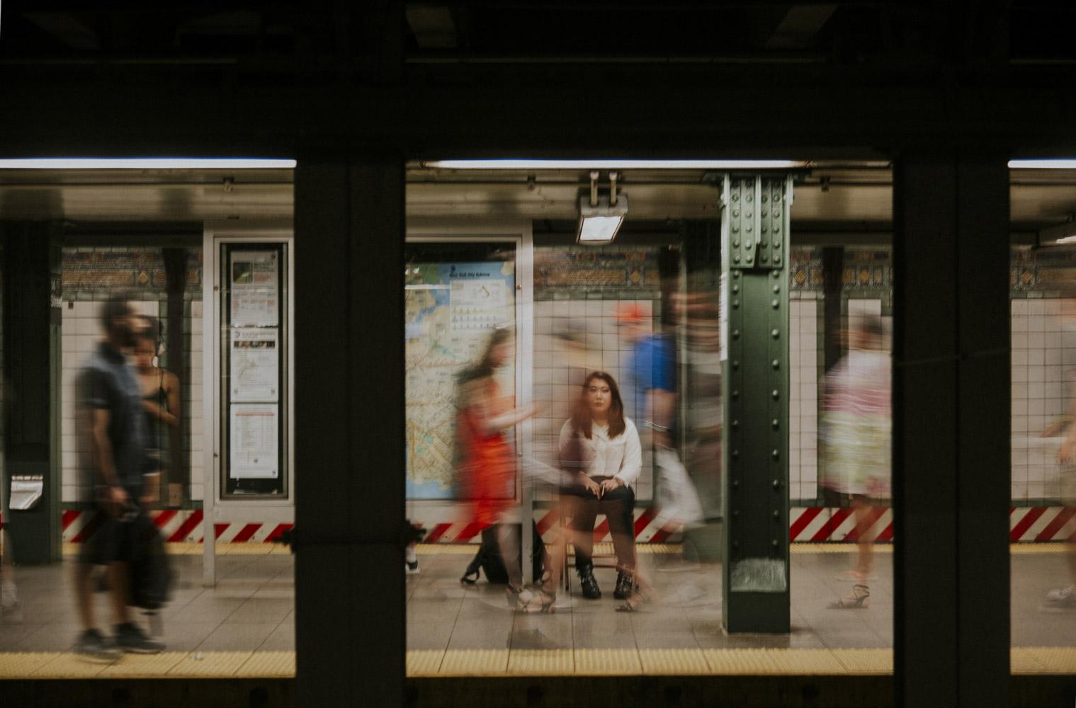 Exi[s]t, © Халели Сеойон, Нью-Йорк, США, Первое место в категории «Любитель: Автопортреты», Конкурс портретной фотографии «Лица»