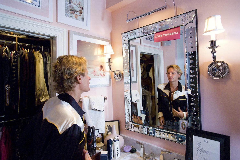 Короли и королевы в своих замках, © Том Этвуд, Бронкс, США, Финалист категории «Профессионал: Персональная работа», Конкурс портретной фотографии «Лица»