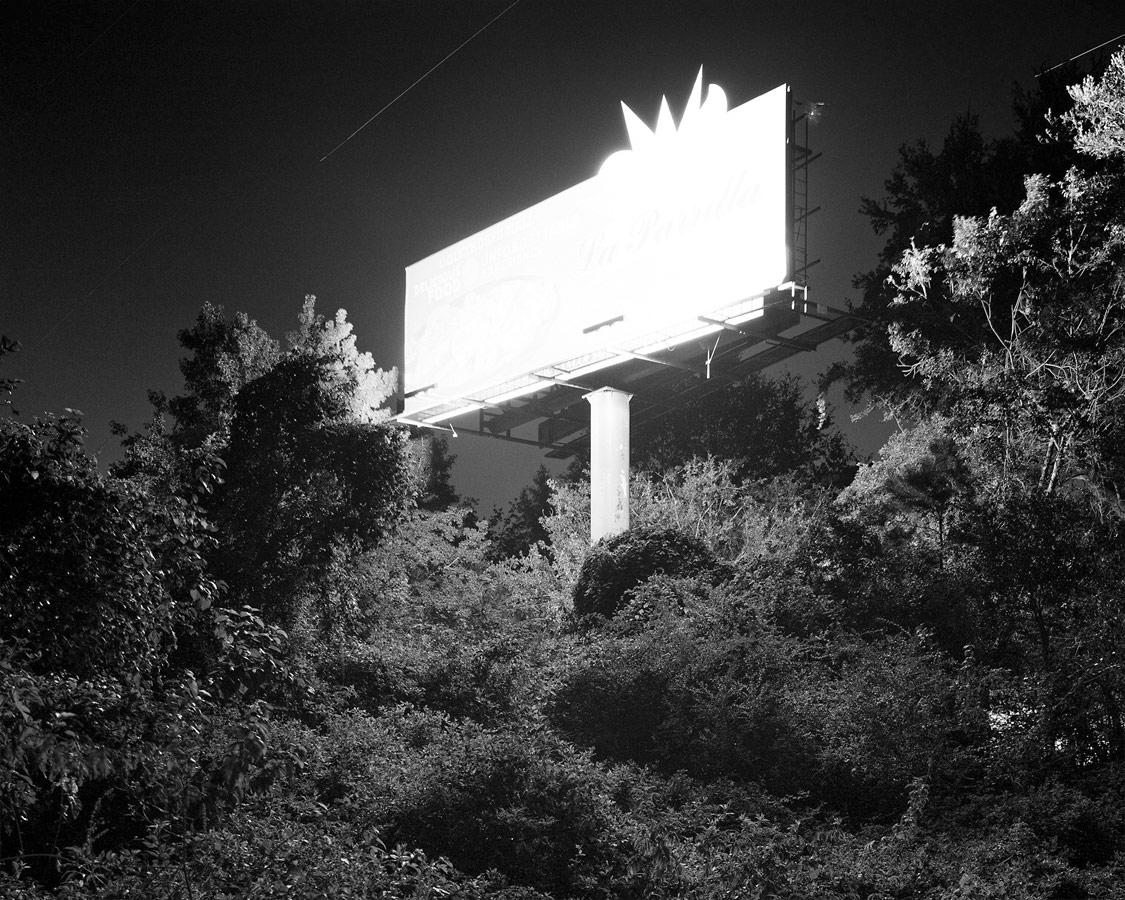 «Билборд», © Тианран Цинь / Tianran Qin, Саванна, США, Почётный отзыв категории «Изобразительное искусство / Персональная работа», Конкурс студенческой фотографии