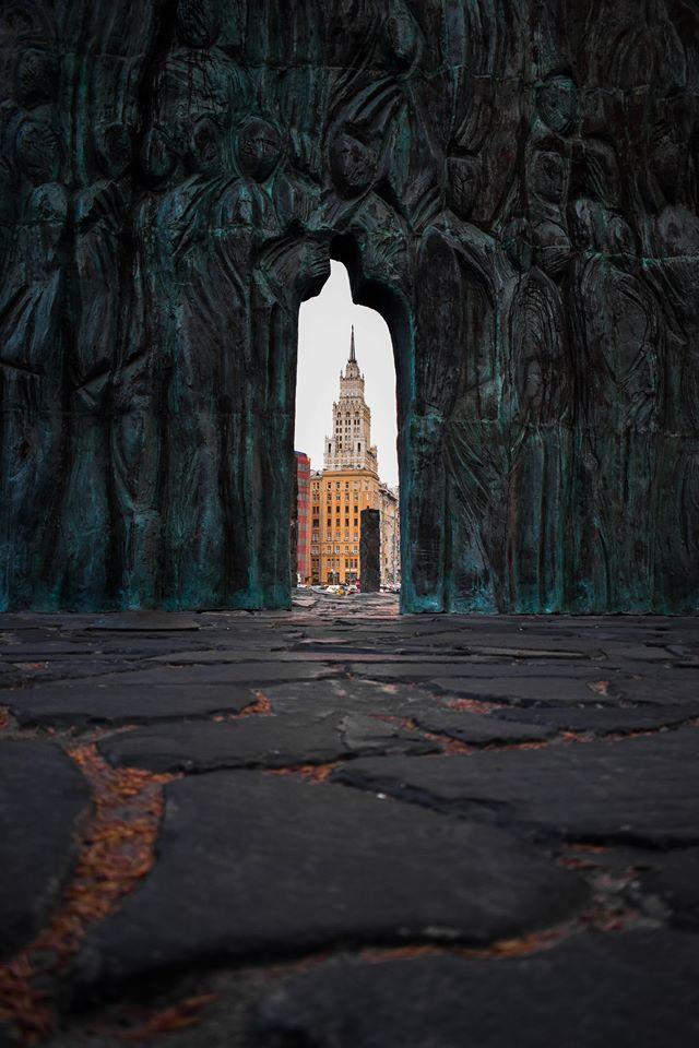 Сквозь время, © Михаил Ивашко, 1 место в номинации «Архитектура», Фотоконкурс «Планета Москва»