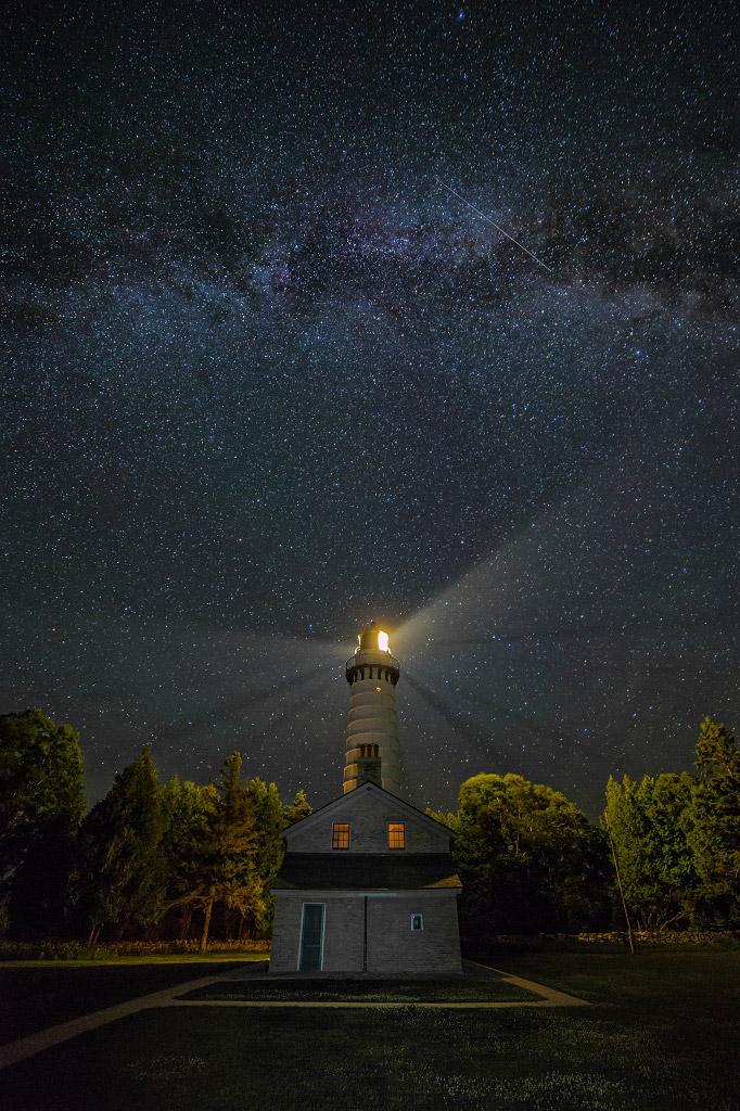 Млечный путь через маяк Кана, США, © Джим Браннсторм, Финалист категории «Ночной пейзаж», Фотоконкурс «Ночной пейзаж» — Photo Nightscape Awards