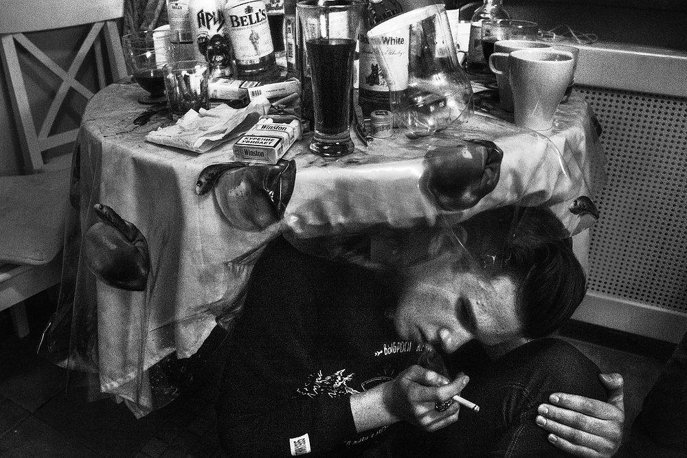 Вчера я всё (18+), © Арнольд Вебер, 1 место в номинации «Проблема», Фотоконкурс «Прямой взгляд»