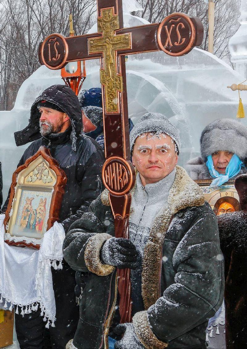 Владимир Васильев, Россия