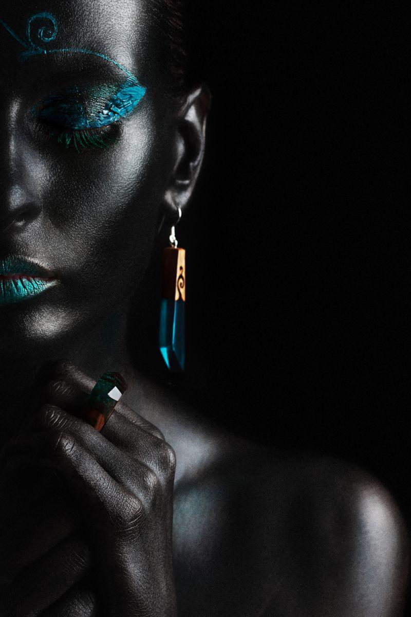 Проводник, © Иван Ковалев, Победитель в категории «Реклама», профессионал, Фотопремия IPA Россия