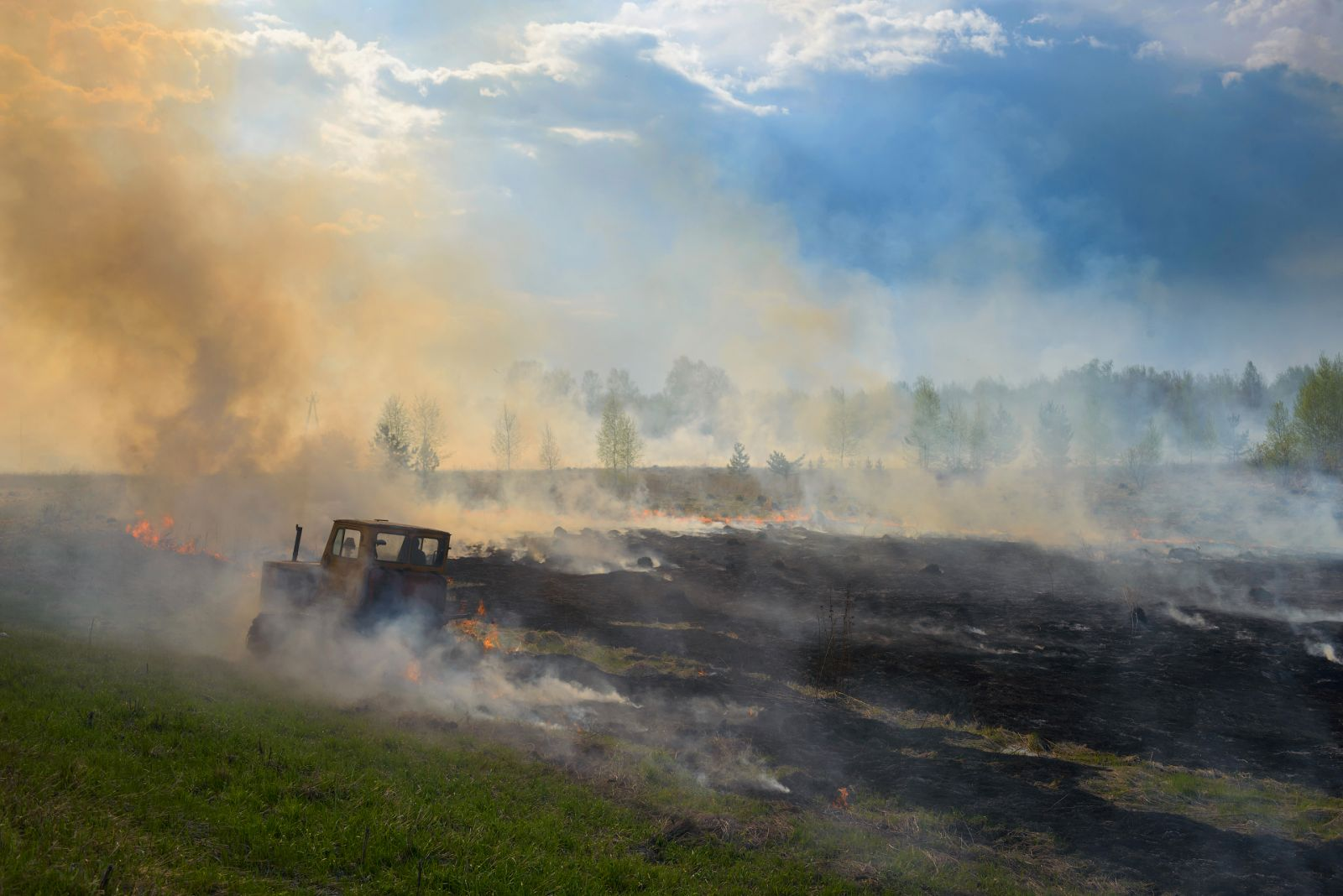 Огнеборец, © Эдуард Кутыгин, Финалист фотоконкурса «Самая красивая страна – 2018»