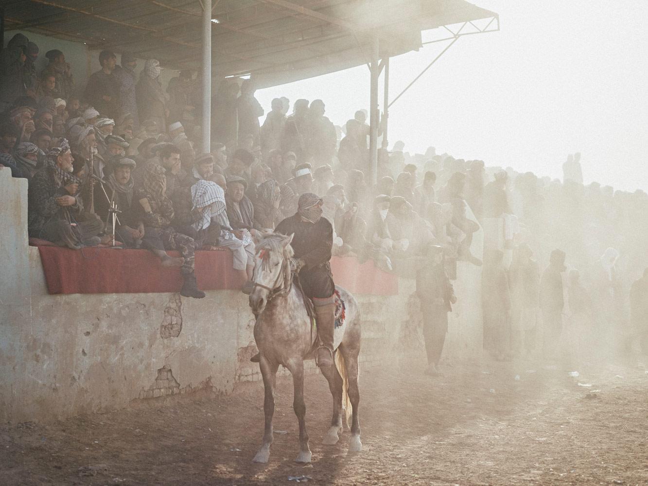 Бузкаши, © Балаж Гарди, 1 место, категория «Спорт», профессионал, Sony World Photography Awards 2018