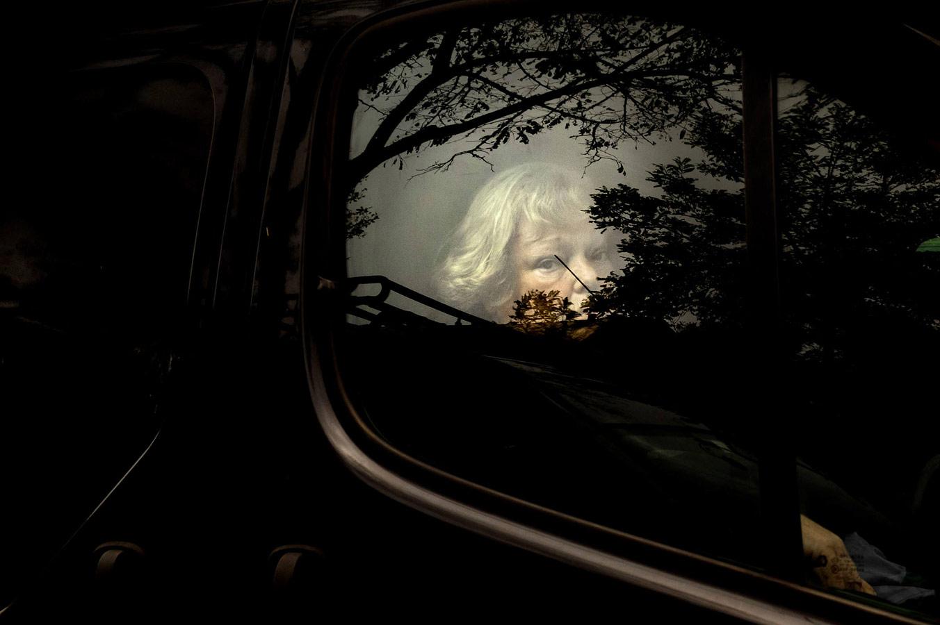 Тема: Уличная фотография, февраль 2018, © Камилла Феррари, Фотоконкурс «Независимый фотограф» — The Independent Photographer