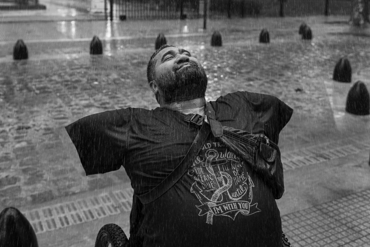 Жизненная сила: любовь спасает, © Констанца Портной, Аргентина, 1-е место в категории Люди, профессионал, Фотограф года, Токийский фотоконкурс 2018 — TIFA