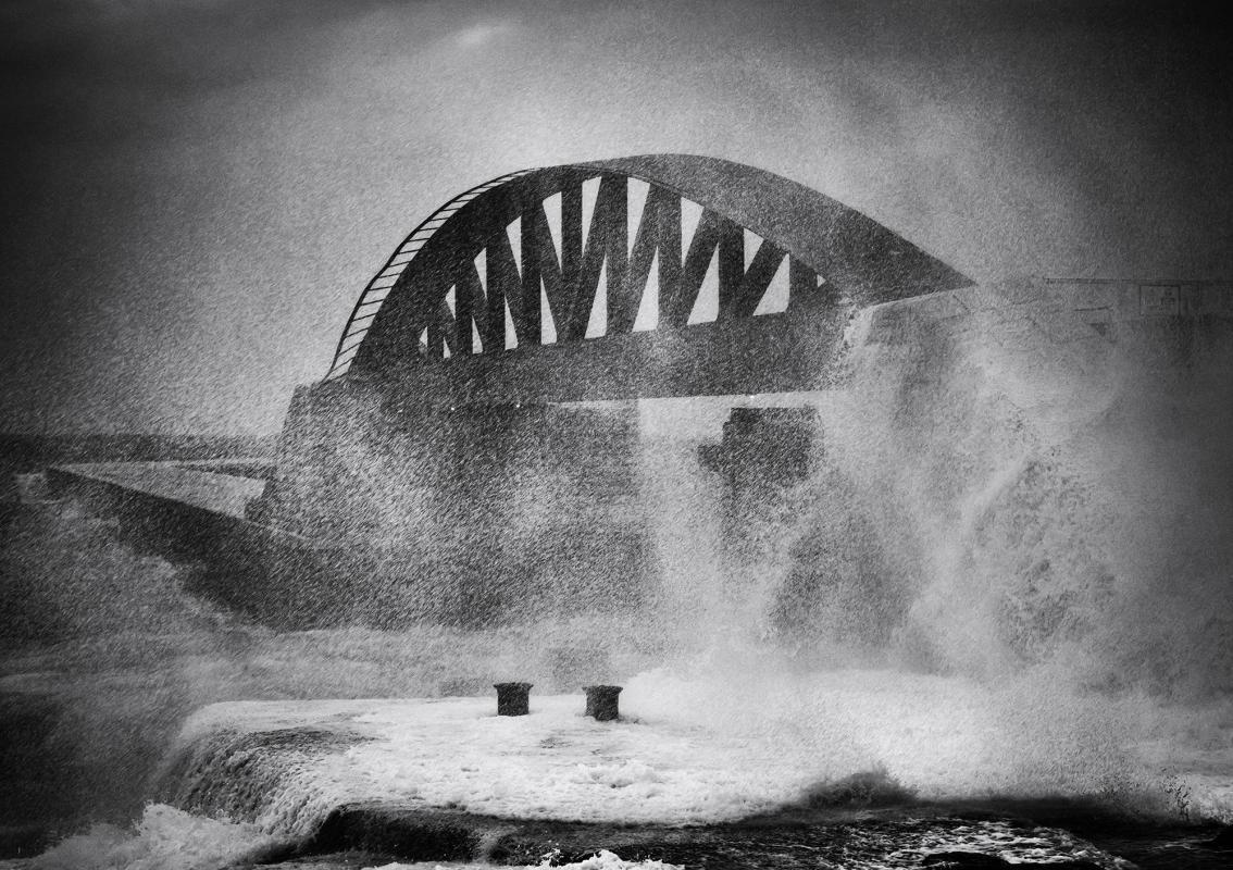 Дикие волны, © Луис Агиус, 2-е место в категории «Архитектура», любитель, Токийский фотоконкурс 2018 — TIFA