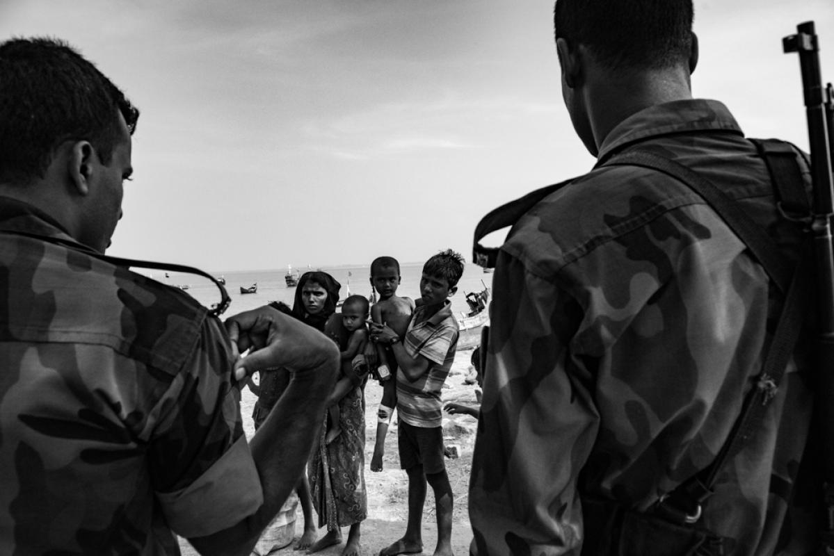 Кризис беженцев в Рохинге, © Шимон Барыльский, Ирландия, 1-е место в категории «Редакционная», профессионал, Токийский фотоконкурс 2018 — TIFA