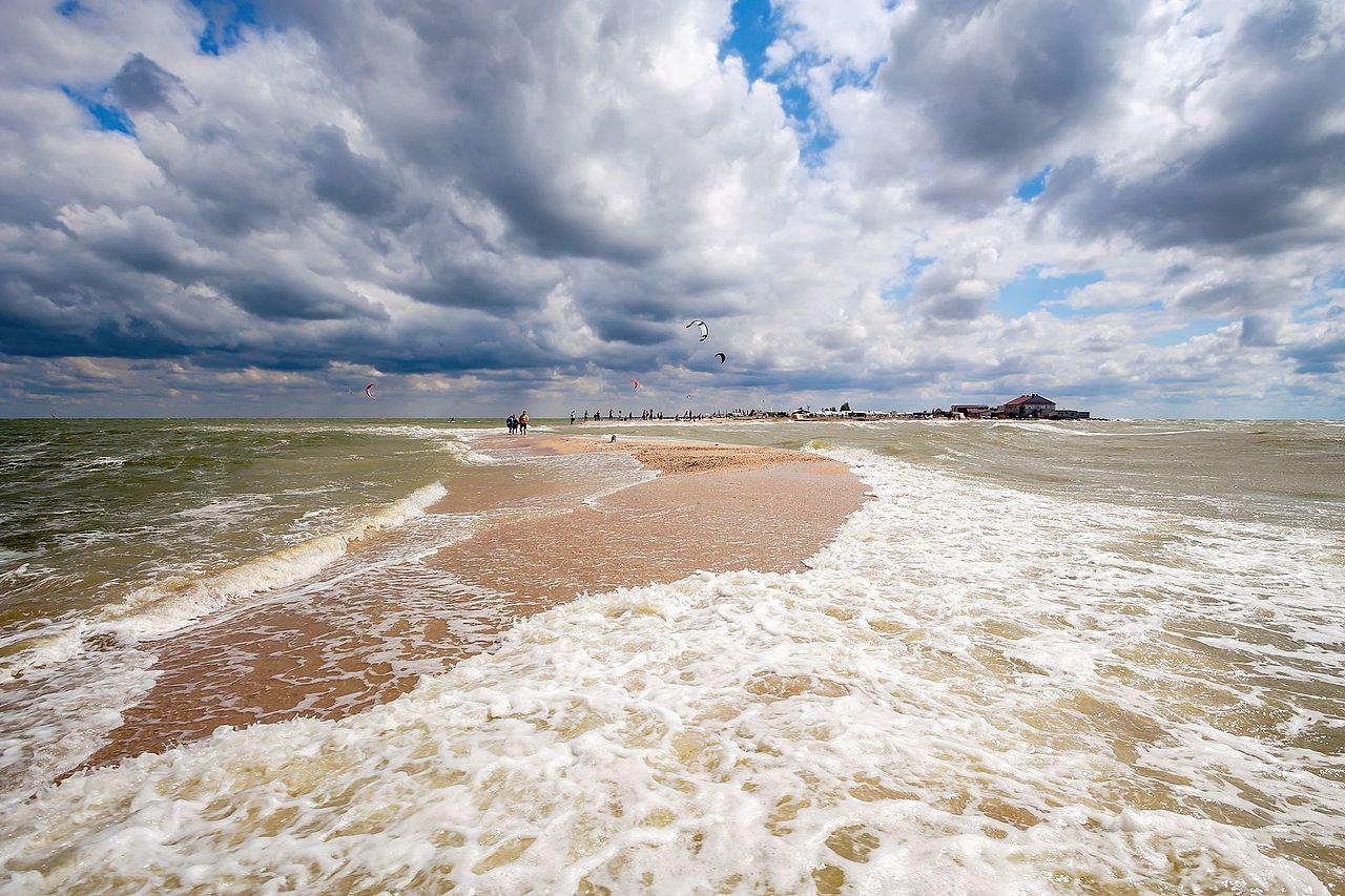 Коса Долгая на берегу Азовского моря, Краснодарский край, © AlixSaz, Фотоконкурс «Вики любит Землю»