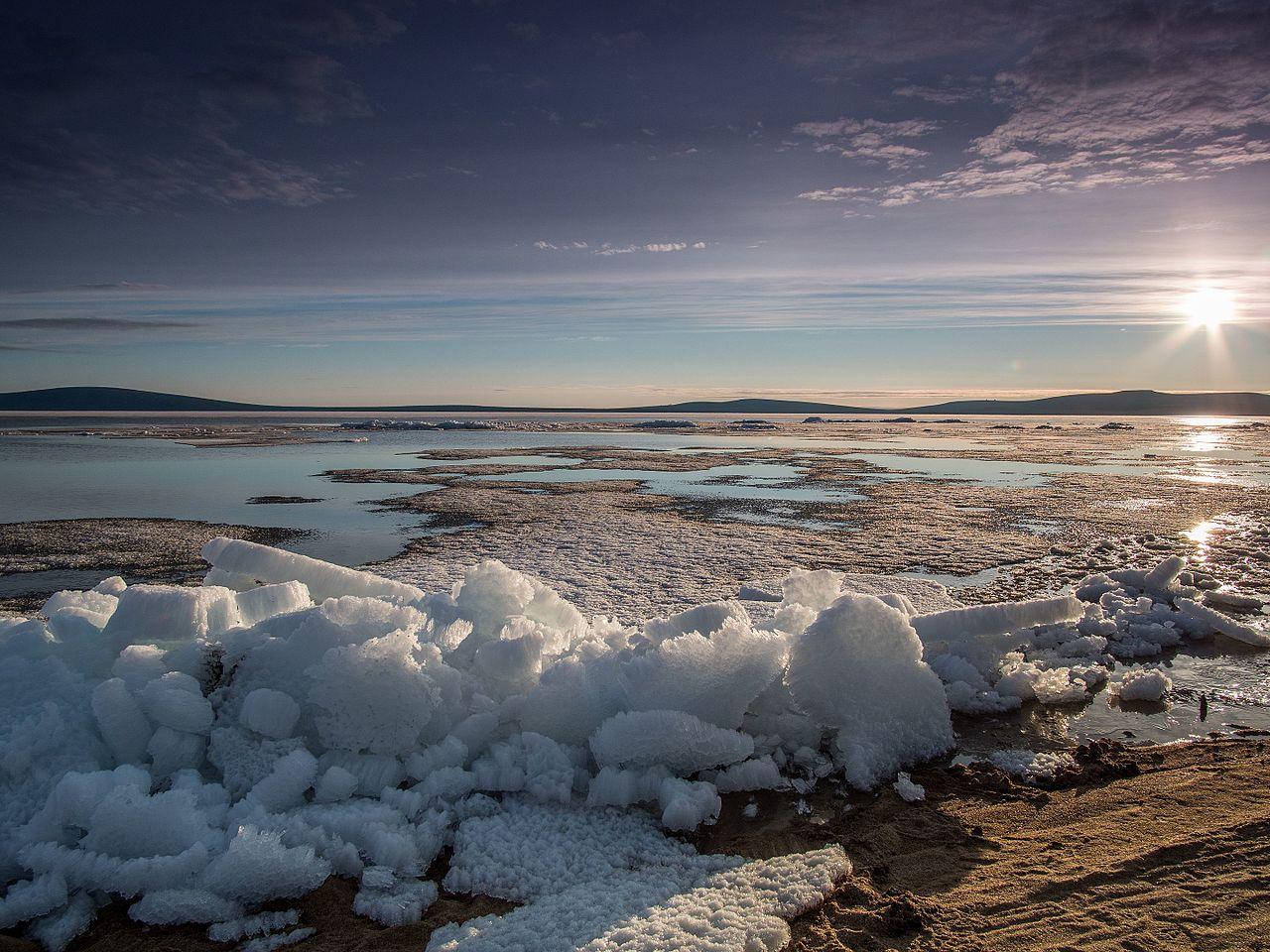 В полночь у озера Ожогино, Якутия (Саха), © Виктор Габышев, Фотоконкурс «Вики любит Землю»