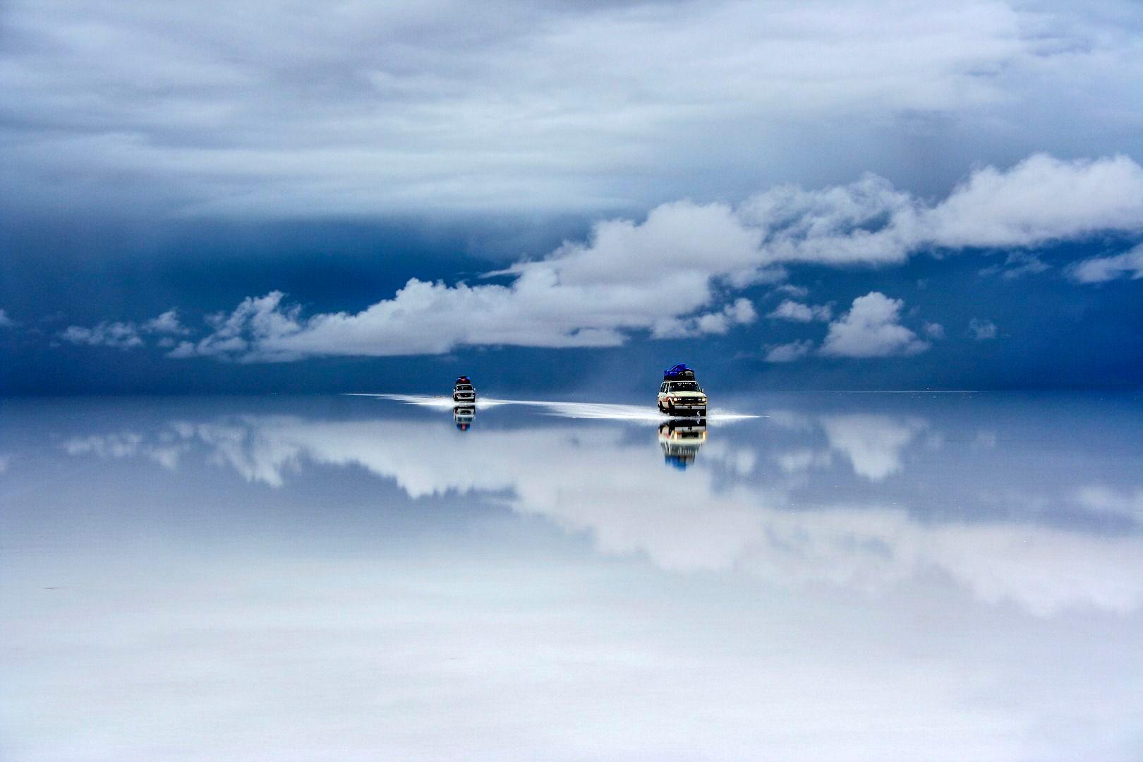 Боливийская соляная пустыня после дождя, © Гай Нешер, Фотоконкурс «Погодный фотограф года» — Weather Photographer of the Year