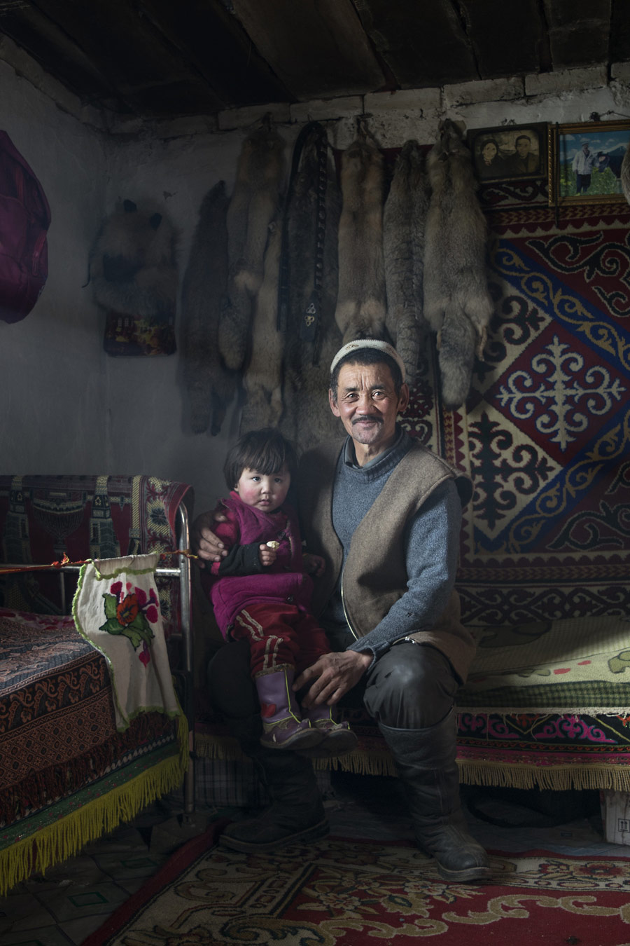 Болдекен (орлиный охотник), © Димитрий Сташевский, Филадельфия, США, Финалист категории «Портреты в путешествии», любитель, Фотоконкурс экстремальных путешествий «Мир в фокусе» — World In Focus