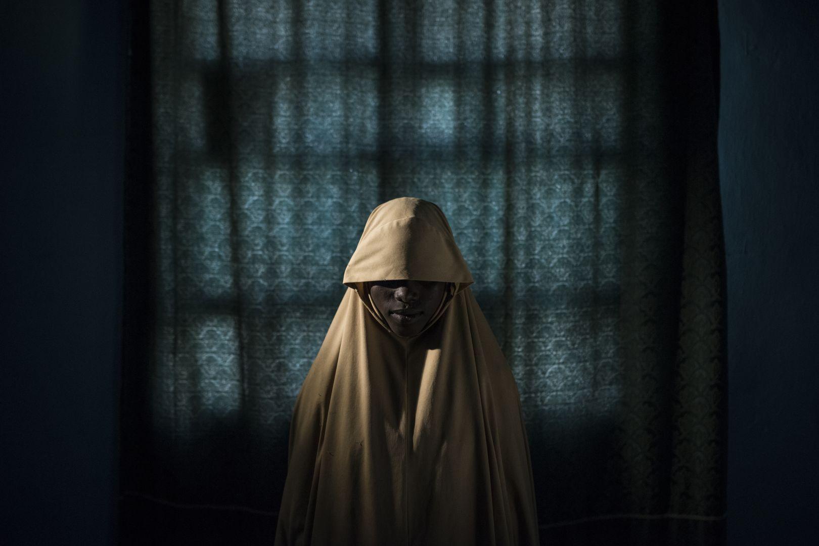 Боко Харам закрепили на них бомбы для теракта. Как-то эти девочки-подростки выжили, © Адам Фергюсон, США, 1-й приз : серия, Фотоконкурс World Press Photo