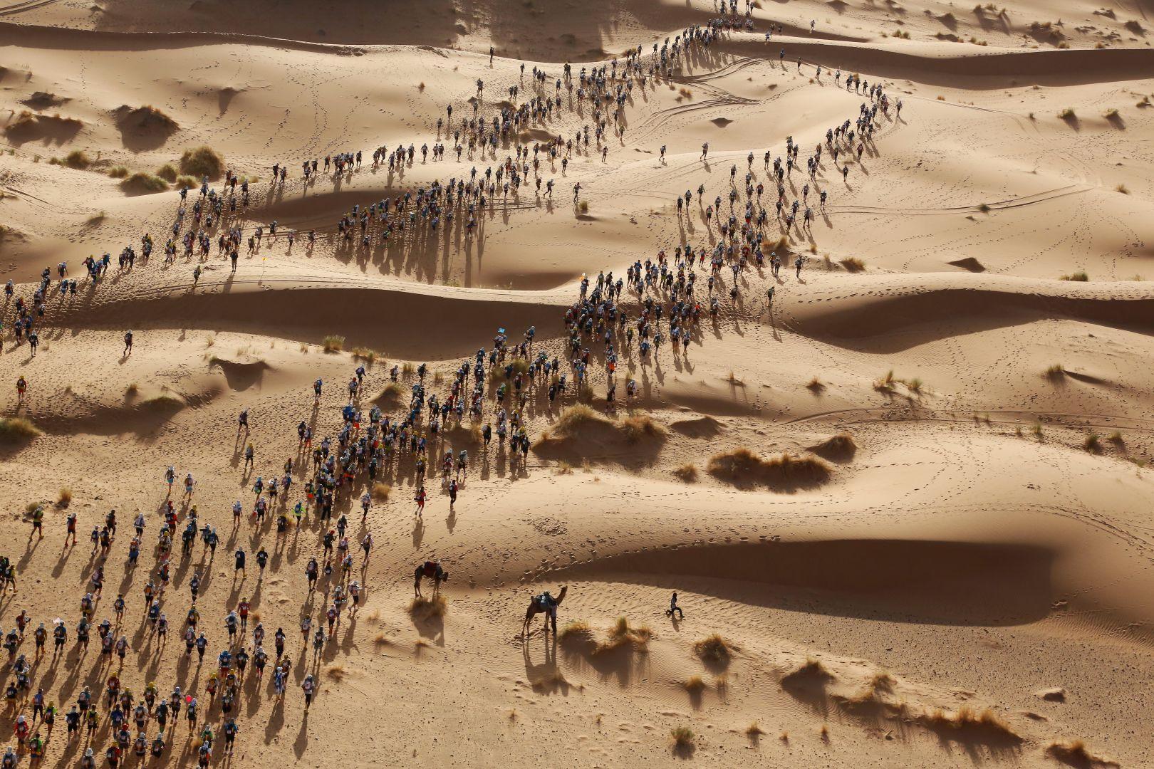 Песчаный марафон, © Эрик Самперс, Франция, 3-й приз : одиночный кадр, Фотоконкурс World Press Photo