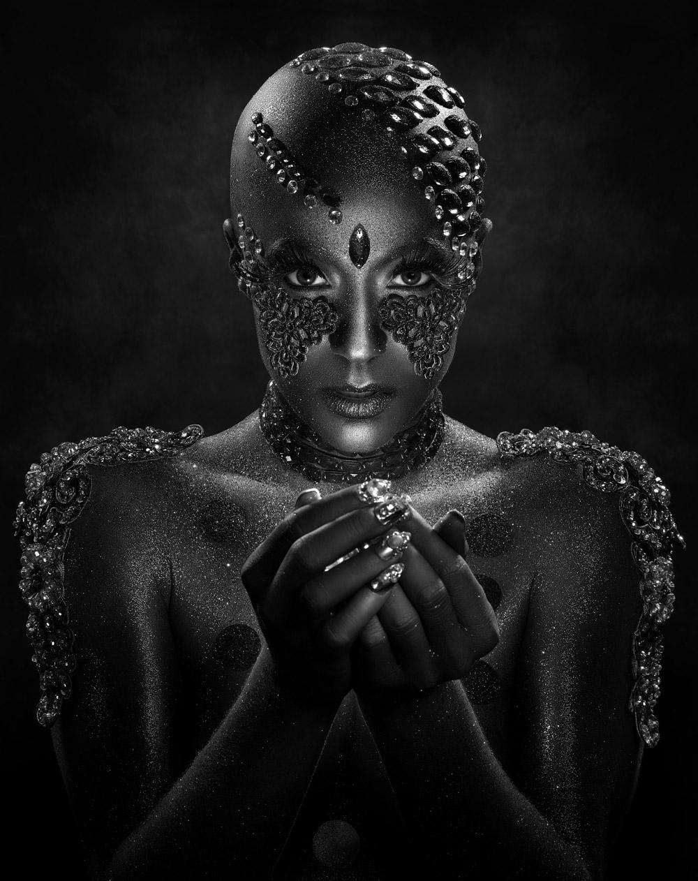 Драгоценные камни, © Эрих Капарас / Erich Caparas, Первое место в категории «Творчество — Коммерческий», Фотоконкурс WPPI Second Half Competition