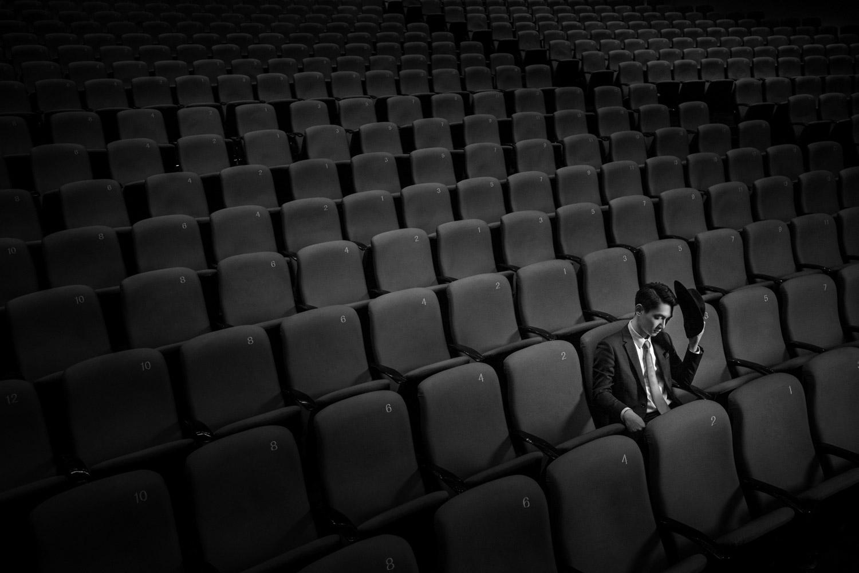 Ожидание девушки, © Дон Йонг / Don Yeung, Первое место в категории «Творчество — Жених в одиночестве: День вне свадьбы», Фотоконкурс WPPI Second Half Competition