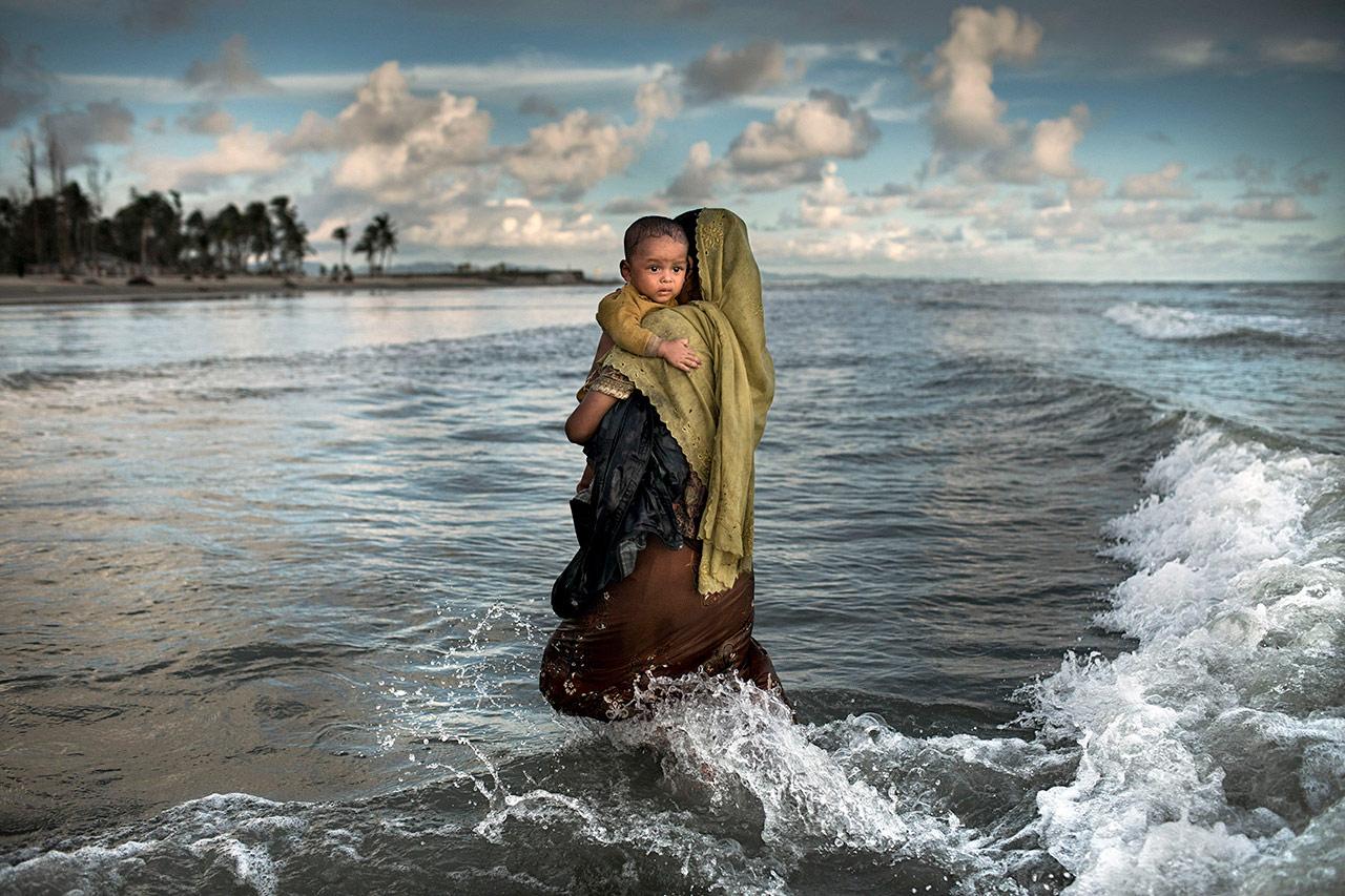 Исход Рохинджа, © К.М. Асад, Бангладеш, Второе место, Международный фотоконкурс Xposure