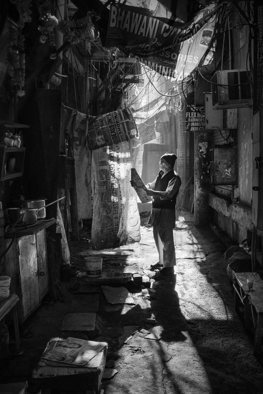 Перерыв, © Грэйс Пуй Ван Хо, 2-е место в категории «Люди и животные», непрофессионал, Фотоконкурс «Зебра» — Zebra — Чёрно-белый фотограф года