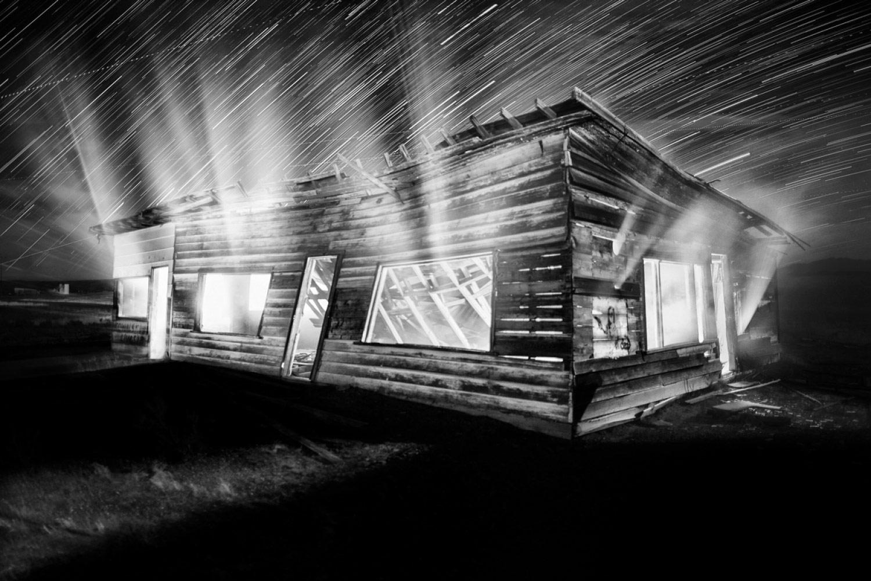 Исчезающий, © Патрисия ДИНУ, 2-е место в категории «Архитектура», профессионал, Фотоконкурс «Зебра» — Zebra — Чёрно-белый фотограф года